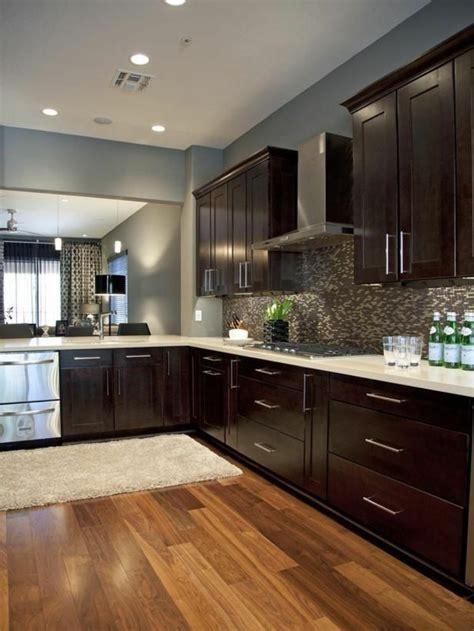 comment repeindre meuble de cuisine peinture pour meuble cuisine chene palzon com