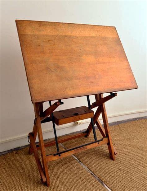 chaise d architecte table à dessin ou table architecte tout en bois première