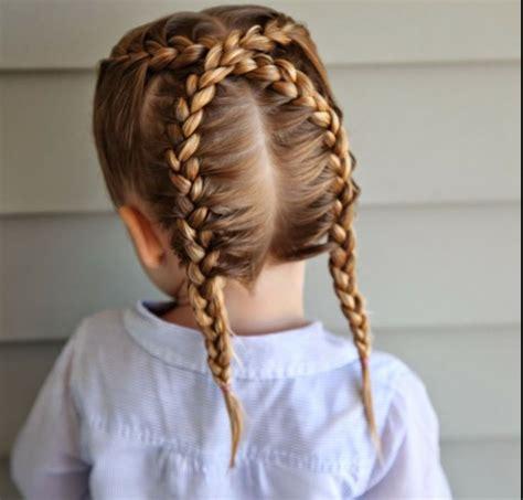 maedchen frisuren zum schulanfang styling tipps und bilder