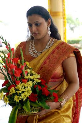 tamil cine actress world south actress kanika wedding
