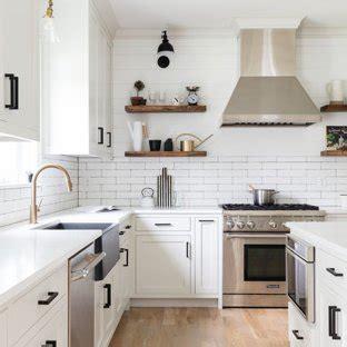 farmhouse kitchen shaker cabinets white shaker cabinet ideas houzz