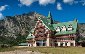 Montana Glacier National Park Hotels