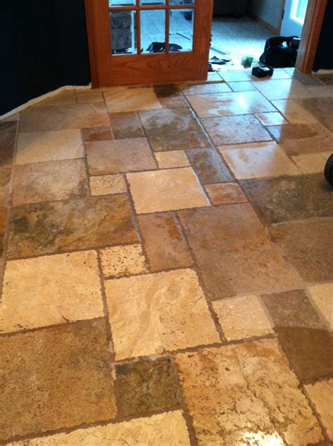 travertine kitchen tile 36 best images about travertine tile on pinterest travertine travertine tile backsplash and