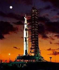 Apollo 11 auf der Startrampe
