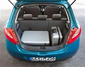 Mazda 3 Coffre : fiche technique mazda mazda 2 ii 1 3 mzr 75ch d clic 5p l 39 ~ Medecine-chirurgie-esthetiques.com Avis de Voitures