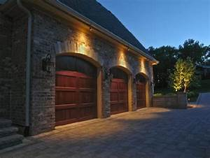 10 adventiges of garage outdoor lights warisan lighting for Outdoor lighting ideas for garages