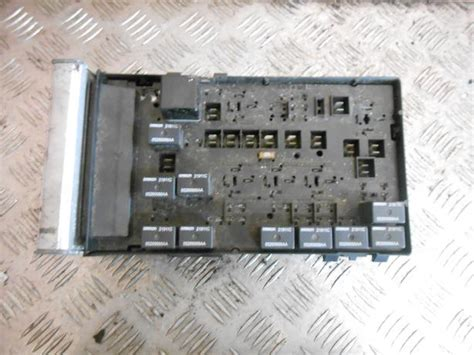Fuse Box In Chrysler Voyager by Chrysler Voyager 2001 2007 2 5 Crd Fuse Relay