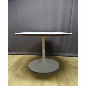 Table Pied Tulipe : table ronde pied tulipe 1970 design market ~ Teatrodelosmanantiales.com Idées de Décoration