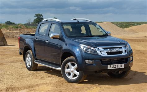 isuzu dmax isuzu d max pick up truck of the year 2014