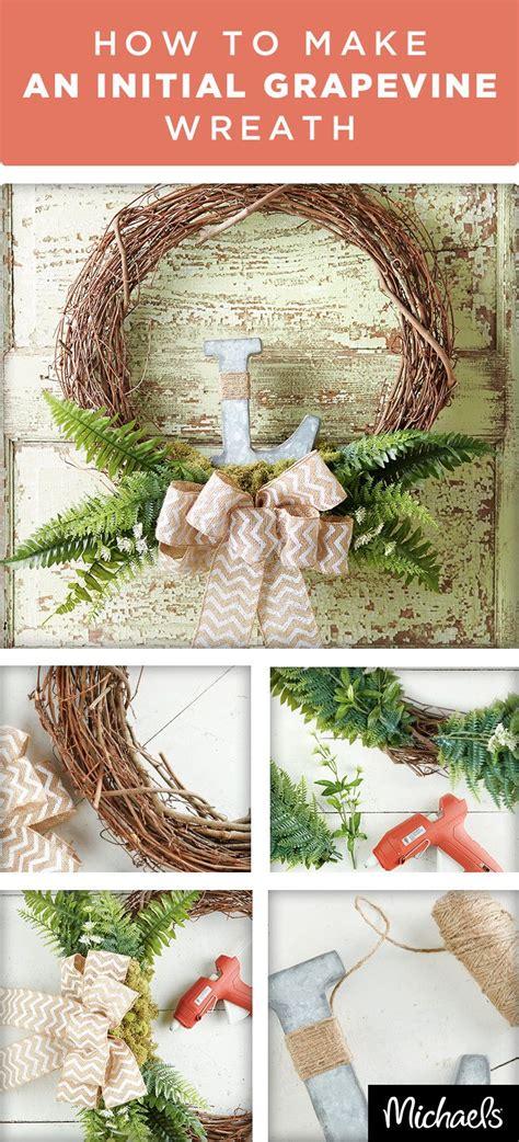 spruce   front door  home decor   beautiful wreath  features  burlap bow