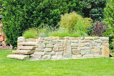 hochbeet aus stein bauen hochbeet komfortabel g 228 rtnern meister meister