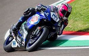 Sud Ouest Moto : vid o moto supersport le montois lucas mahias champion du monde sud ~ Medecine-chirurgie-esthetiques.com Avis de Voitures