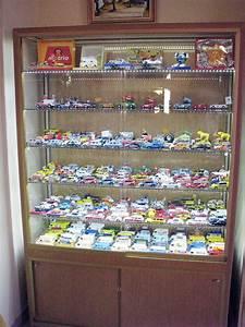 Vitrine En Verre Pour Collection : meuble vitrine pour collection table de lit a roulettes ~ Teatrodelosmanantiales.com Idées de Décoration
