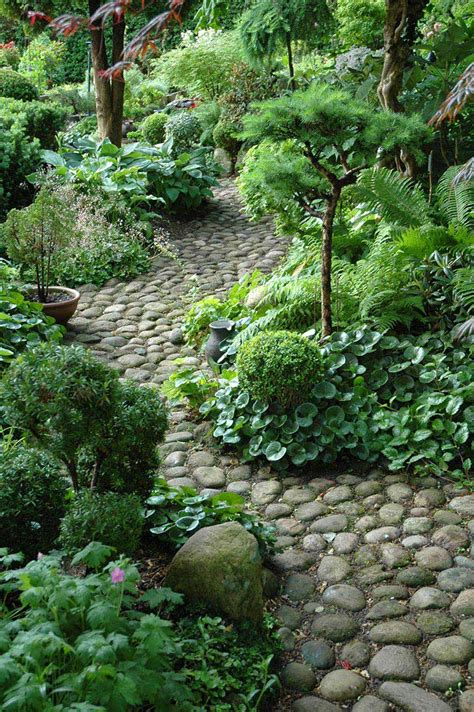 photos of garden paths beautiful garden paths made of natural stone quiet corner