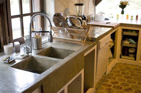 cuisine en beton cellulaire bricoleur pas grand menuisier plan de travail cuisine