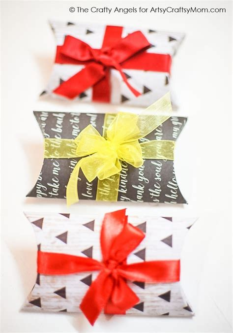 diy pillow gift box tutorial   template artsy