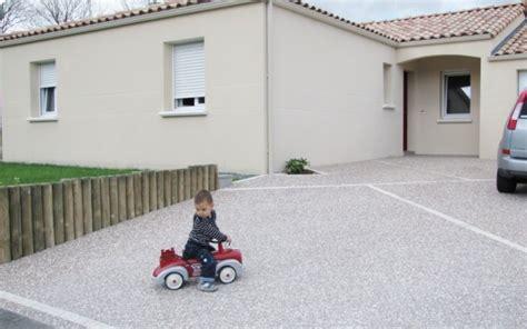 cour en b 233 ton d 233 sactiv 233 recherche garage et all 233 e carrossable beton