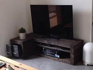 Meuble D Angle Tele : meubles tv industriel bois et m tal l 39 or du temps ~ Teatrodelosmanantiales.com Idées de Décoration