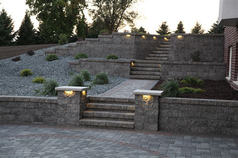 retaining wall patio design rochester lakeville owatonna faribault kenyon cannon falls apple valley northfield mn