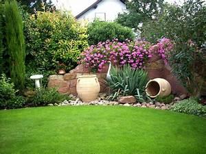 Mediterraner Garten Winterhart : die natursteinmauer bringt mediterranes flair in den garten garten pinterest garten ~ Whattoseeinmadrid.com Haus und Dekorationen