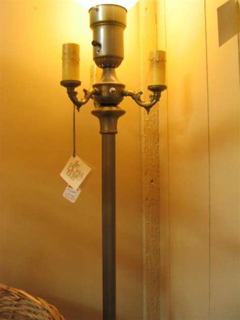Antique floor lamp   interior4you