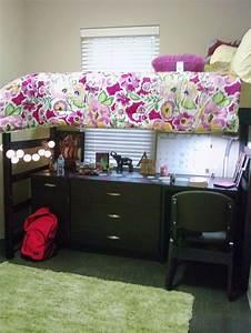 dorm. under bed storage. | college planning | Pinterest ...