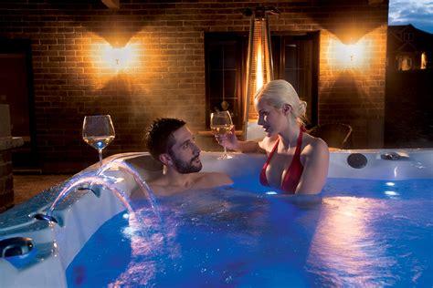 Maxx Bathtubs by Vita Spa Tubs