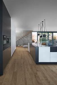 Kuche mit holzboden 9 bilder ideen von kuchen mit for Holzboden küche