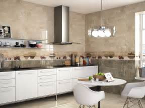 cr馘ence mosaique cuisine decoration cuisine avec faience maison design bahbe com
