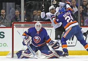 New York Islanders, Robin Lehner taking it one day at a time