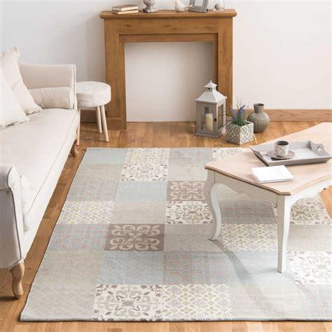 tapis motifs carreaux de ciment 140 x 200 cm provence