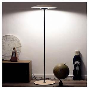Lampe De Sol : ginger p lampe de sol led marset en ch ne ou weng ~ Dode.kayakingforconservation.com Idées de Décoration