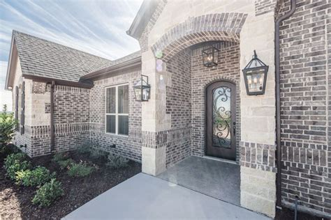 brick color  sheltered bluff  boral  buff mortar