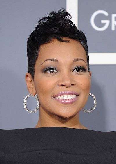 20 Fabulous Short and Curly Hairstyles for Black Women