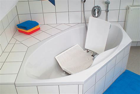 wheelchair assistance bath lifts for the elderly