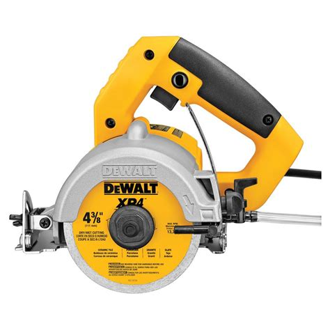dewalt 4 3 8 in wet dry handheld tile cutter tools