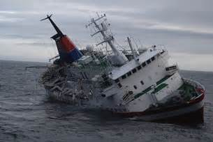 antarctica tourist ship s sinking blamed on inexperienced captain notes from sea level