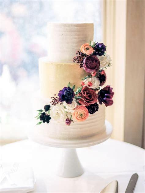 romantic autumn mountaintop wedding wedding cake rustic
