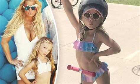Jessica Simpson Shares Photo Of Daughter In A Bikini