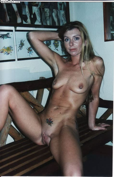 Naughty middle aged amateur women show off their private ...