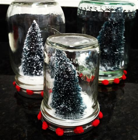 mason jar snow globes allfreeholidaycrafts com