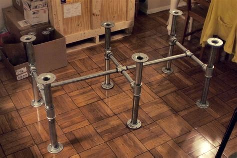 steel pipe desk legs miscellaneous projects on pinterest boxwood wreath