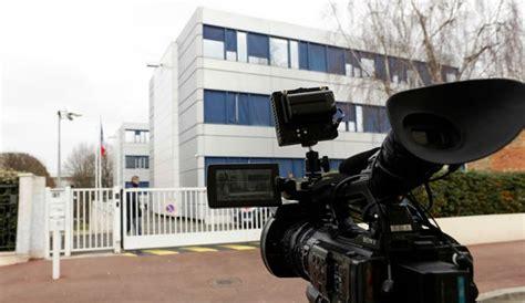 siege du fn enquête sur les assistants des eurodéputés fn