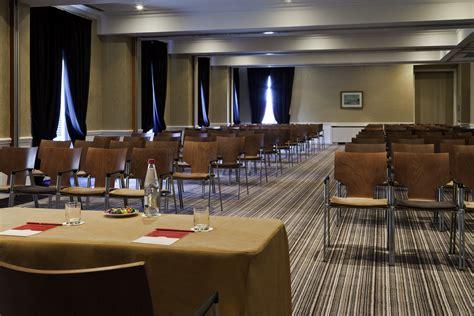mobilier de bureau poitiers mobilier pour salle de conférence salle de séminaire