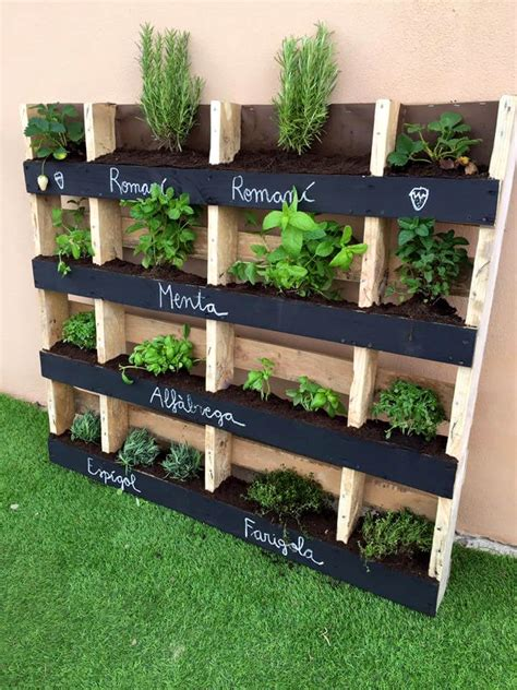 Vertical Herb Garden Pallet by 130 Inspired Wood Pallet Projects