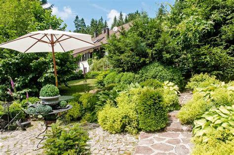Sichtschutz Garten Landhausstil by Landhausstil Garten