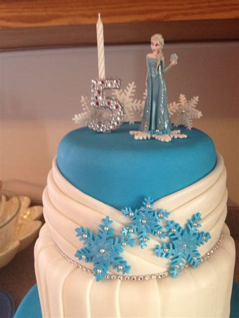 disney frozen cake 593 best images about frozen themed cakes on