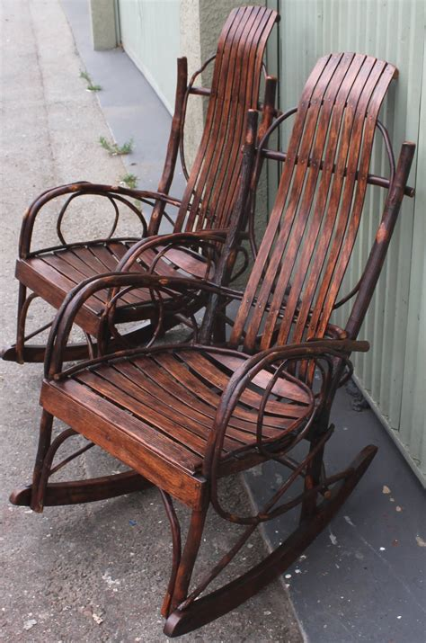 pair of matching amish bentwood rocking chairs at 1stdibs