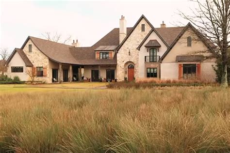 Sadie Robertson Takes Us Inside 'Duck Dynasty' Family Home