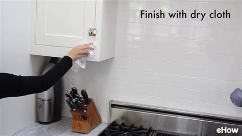 kitchen cabinet cleaners how to clean kitchen cabinets